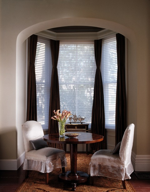 Draperies silhouette standard dining 1