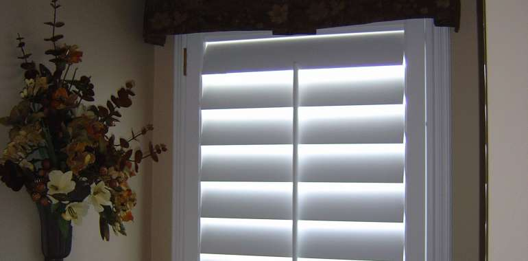 Tiernan Shutters with valances 006