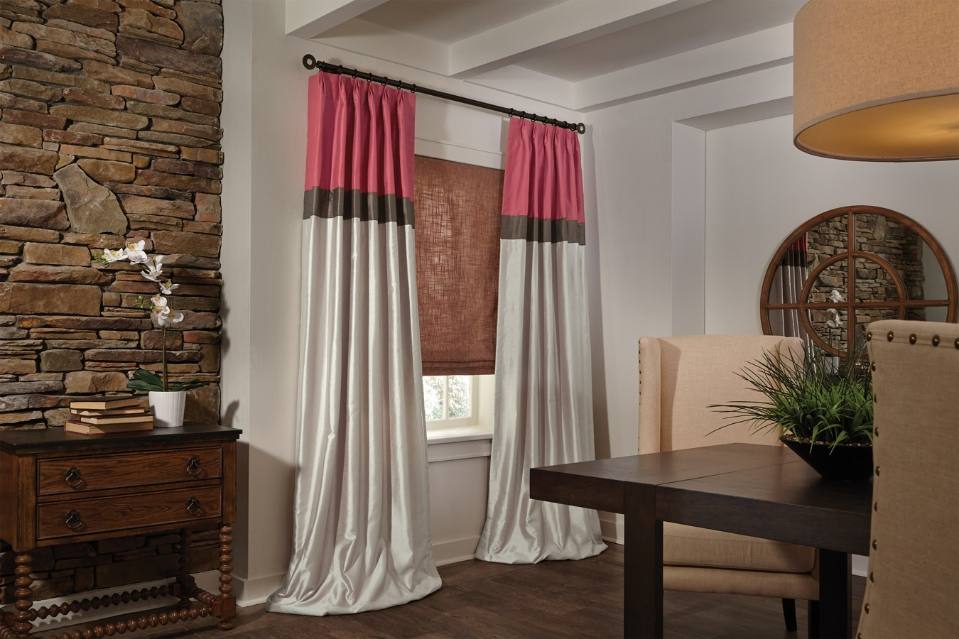 DRAPERIES SILK SWAGSWITH PANELS